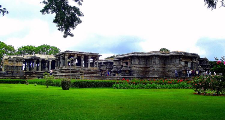 One Day Mysore to Belur and Halebidu Trip by Car Halebidu Hoysaleswara Temple, Mysore